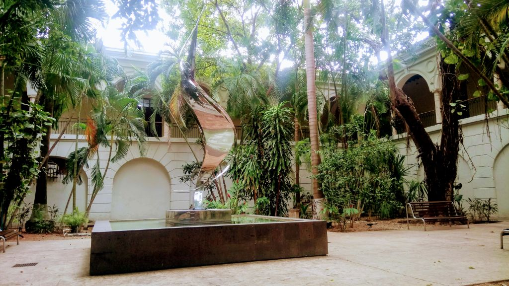 Musée d'art moderne et contemporaine Macay.