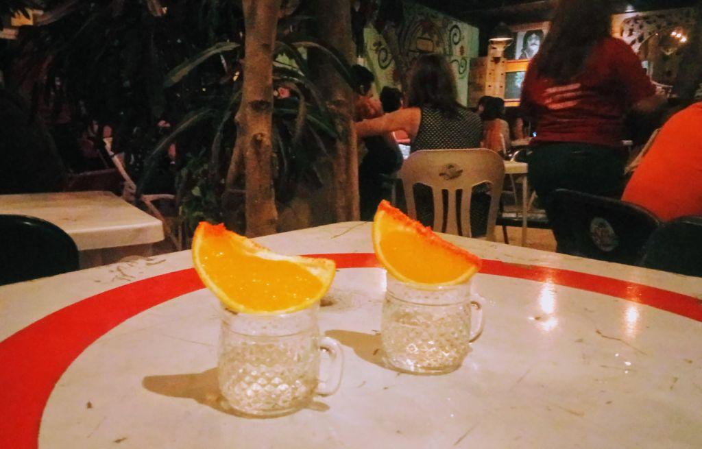 """Fin de journée au resto bar """"pipiripau"""" avec musique live."""