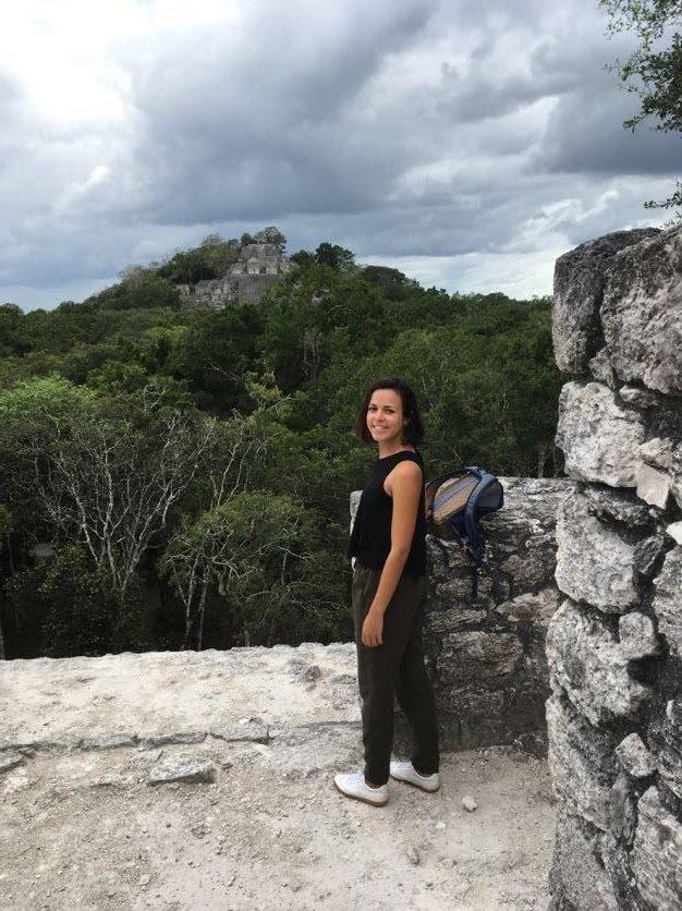 Les ruines mayas de Calakmul, incroyables au milieu de la jungle, avec singes hurleurs en fond sonore.